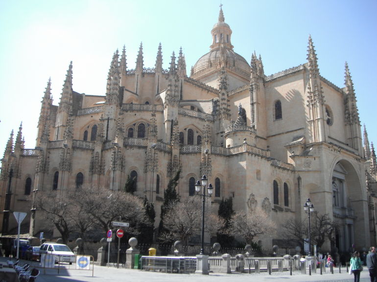 trip-to-spain-and-france-march-2012-735-photo_2025705-770tall